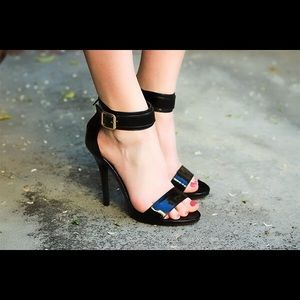 Wild Diva Shoes - NWOT Black Patent Leather Heels