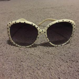 Accessories - Vintage sunglasses :)