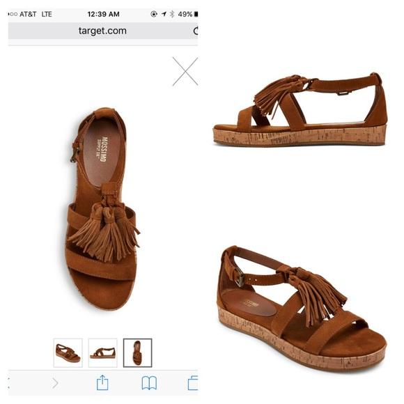 c799cd325ea4 Tassel Larissa Cognac sandal size 11