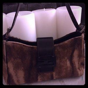 Stylish shoulder bag! Authentic Fendi pony hair