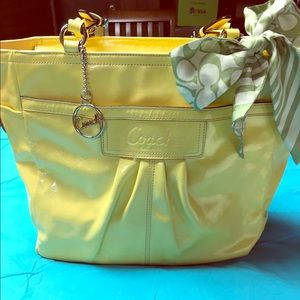 ✨ONE DAY SALE✨Yellow Coach Tote
