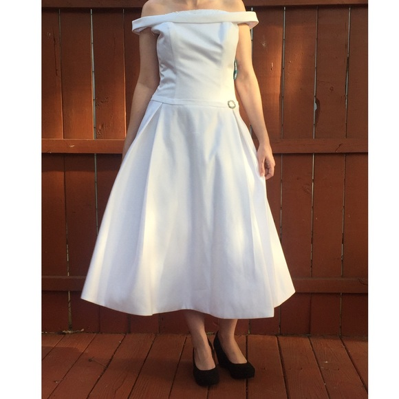 Forever Yours Wedding Gowns: 87% Off Forever Yours Dresses & Skirts