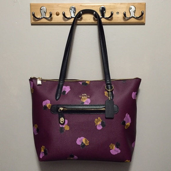 504e823efbff Coach Taylor Tote in Floral Print