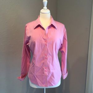 Gold Label Investments Tops - Gold Label Pink Button Down Top Size 12 No Iron 🎀