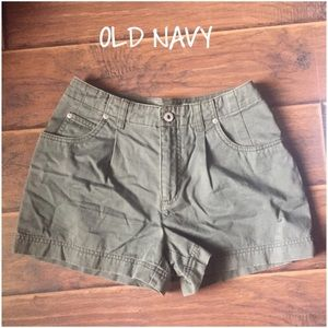  SALEEUC OLD NAVY SHORTS IN OLIVE/ARMY  GREEN