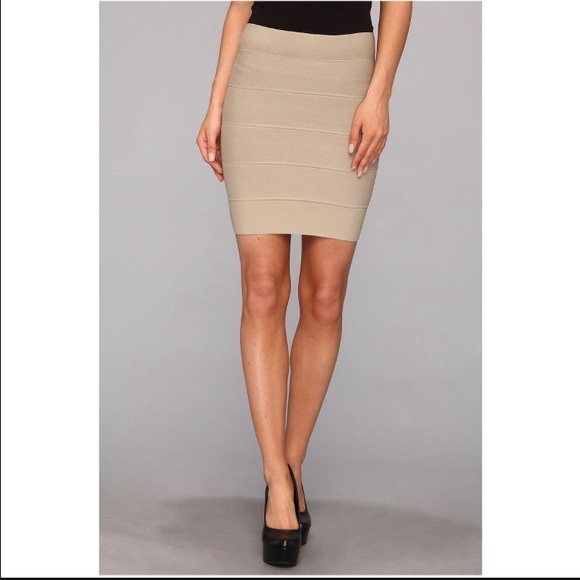 how to wear bcbg bandage skirt