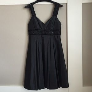 Betsy Johnson Evening dress, black with beading, 6