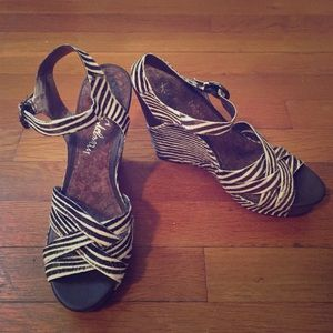 8.5 Sam Edelman wedges