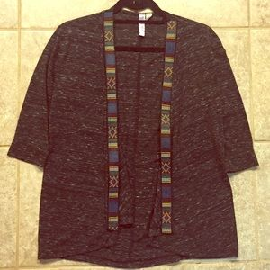 Embroidered lightweight opened sweater
