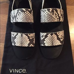 Vince Shoes - ⭐️SALE⭐️ Authentic Vince sandals
