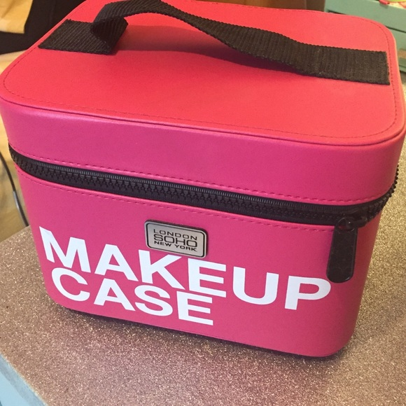 Soho makeup case