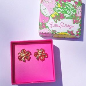 Lilly Pulitzer Gold Gold Bow Studs PRICE IS FIRM