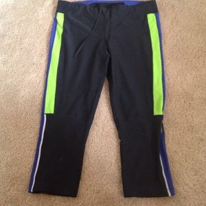 Workout Capris from Xersion size medium
