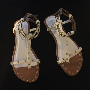 Traffic Shoes - White Traffic Gladiator Sandals Size 6 Like New