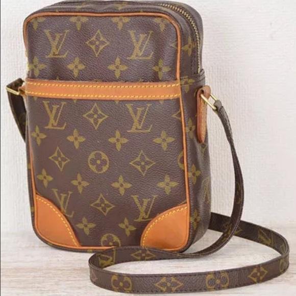 393e2be47f45 Louis Vuitton Handbags - 💯% Authentic Louis Vuitton Danube crossbody bag