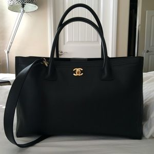 7518e70f8ddc CHANEL Bags - SOLD! Chanel Executive Cerf Tote w  GHW
