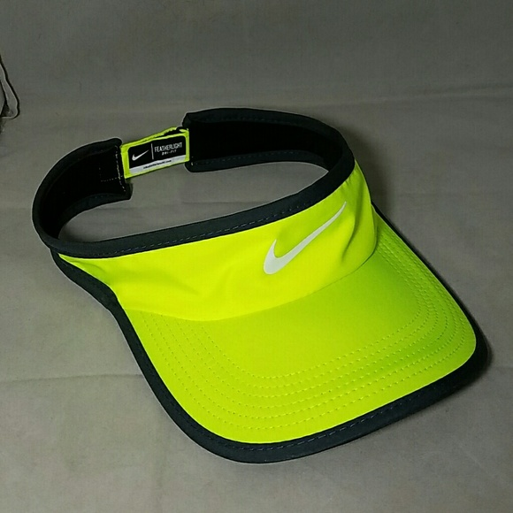 fa6b7800c09 NIKE Neon Safety Yellow Dri-Fit Featherlight Visor.  M 574e36c82fd0b74a270047f3