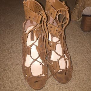 Forever 21 size 6 cognac used heels