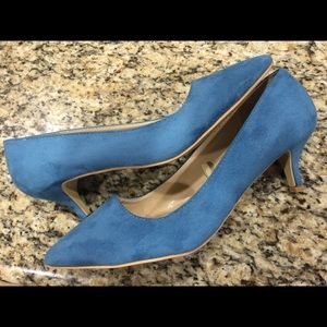 torrid - Torrid kitten heel with gold toe size 12 from Brittany's ...