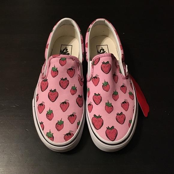 01aab51b802 Vans Classic Slip-On Strawberries