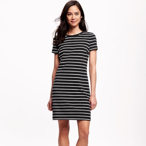 b313ed13938e3 Old Navy Dresses | Striped Black And White Half Sleeve T Shirt Dress ...