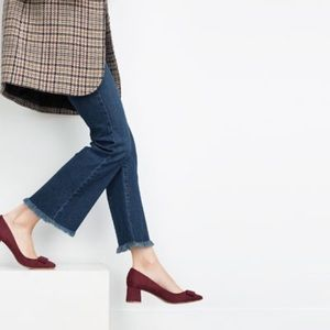Burgundy mid height block heels with bow -- Zara