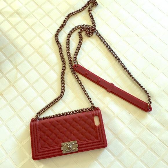 reputable site 61830 8e41e Burgundy Chanel phone case iPhone 5 / 5s w chain NWT