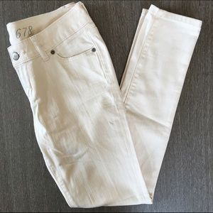 The Limited cream/pale yellow skinny sz 0