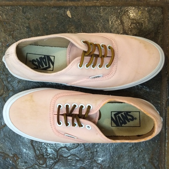4cad1b79f4 Light Pink Vans with Leather Laces. M 574f1be94225be71a6006380