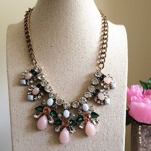 Lovely blush & emerald green crystal necklace