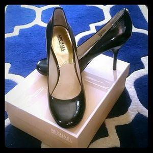 MICHAEL Michael Kors Shoes - Michael Kors Black Pumps / Heels