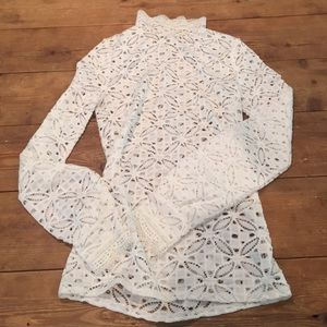 fa300a1f47f36 Free People Tops - NWOT XS High Neck Julie layering top white