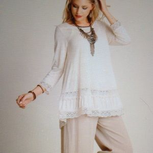 Tops - TUNIC-60% COTTON-40% POLYESTER