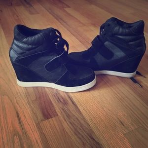 Cathy Jean sneaker wedges