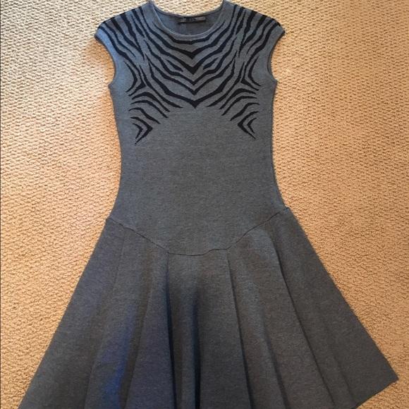 RVN Dresses & Skirts - RVN knit dress