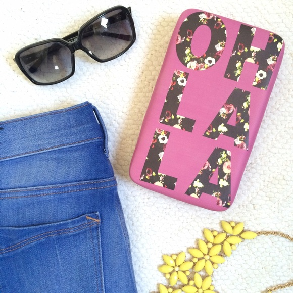 "MERONA ""Oh La La"" Pink Wallet Clutch"
