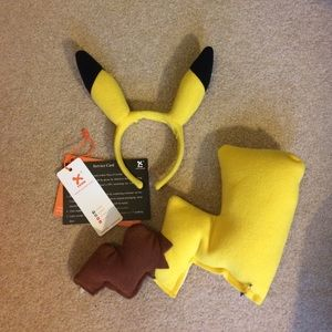 Accessories - Pikachu Accessory Set