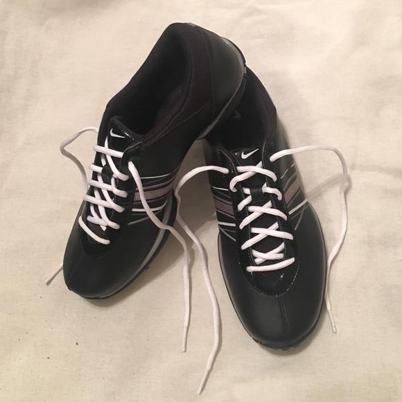 le scarpe nike donne potere canale golf poshmark