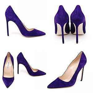 MANOLO BLAHNIK Purple Suede Classic Stiletto