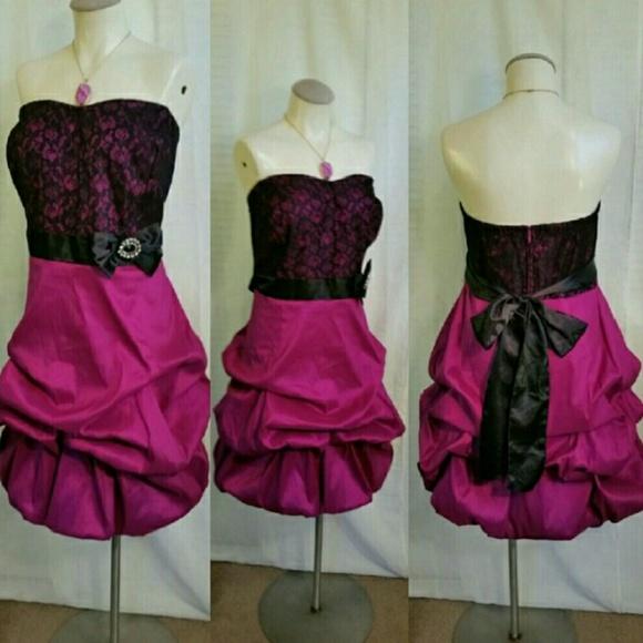 bc2221a85a397 Reposh Size 24 Torrid Strapless Prom Dress. M 574fb474620ff7d09701919b