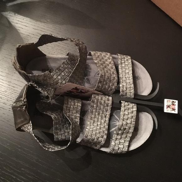 cf1db90f9843 Muk Luks Women s Elle wedge sandal NEW size 10