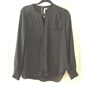 Long sleeve black top with cut out