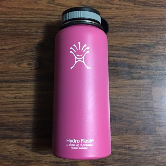 Hydro Flask Accessories - HYDRO FLASK in Pink! 32 oz. 18 8 stainless 4a44a03f7