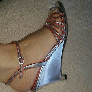 Judith Leiber   Shoes - Judith Leiber silver dressy sandals used