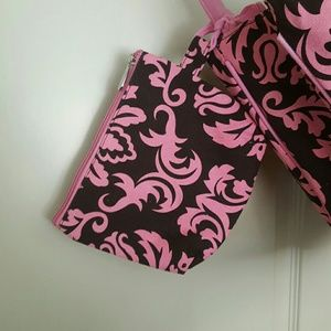 959419a348 Vera Bradley Bags - Belvah Tote Bag and small Pouch NWT