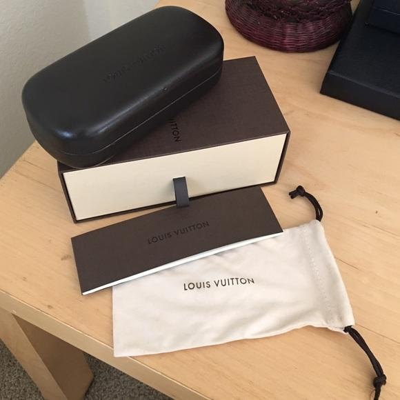 7db5318edd3 Louis Vuitton Accessories - Louis Vuitton Sunglasses Case Lot