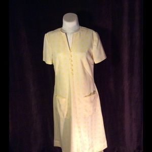 Vintage Dresses & Skirts - Vtg 1960s yellow shift with white accents