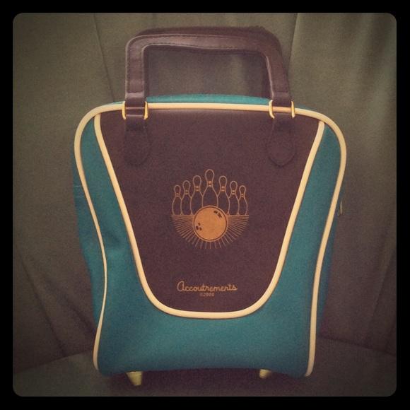 548cf89480 Accoutrements Handbags - Accoutrements Bowling Bag Purse