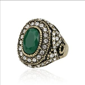 Jewelry - Green Agate Ring