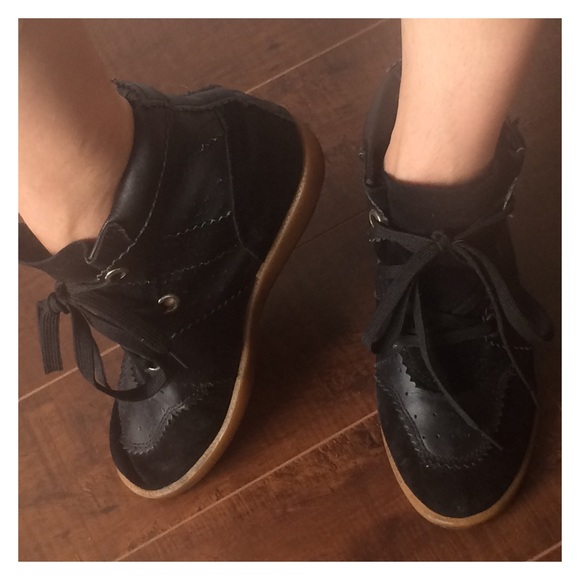 2d2b6cb5a0 Isabel Marant Shoes - Lowest💥Isabel Marant Bobby Leather Suede Sneaker